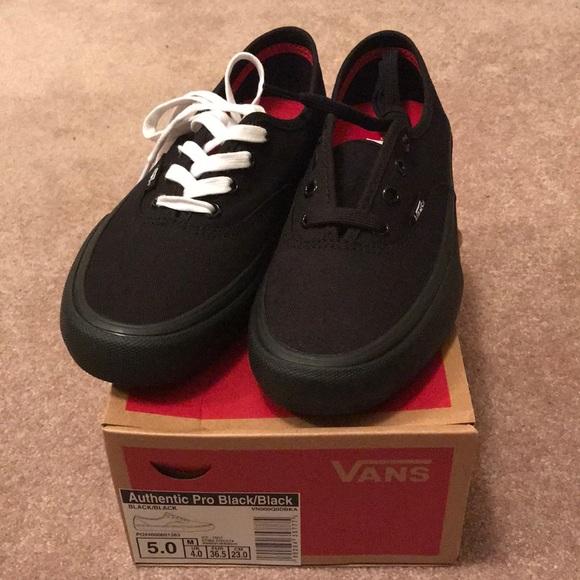 d561ee5e9fd Authentic Pro All Black Vans